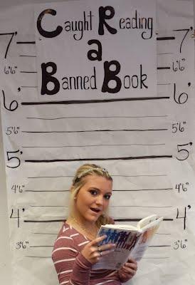 https://sites.google.com/a/kisd.org/library/khs/khs-library-announcements/bannedbookweekmugshots/amanda.jpg